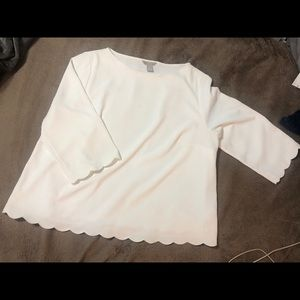 H&M White blouse with scalloped edging